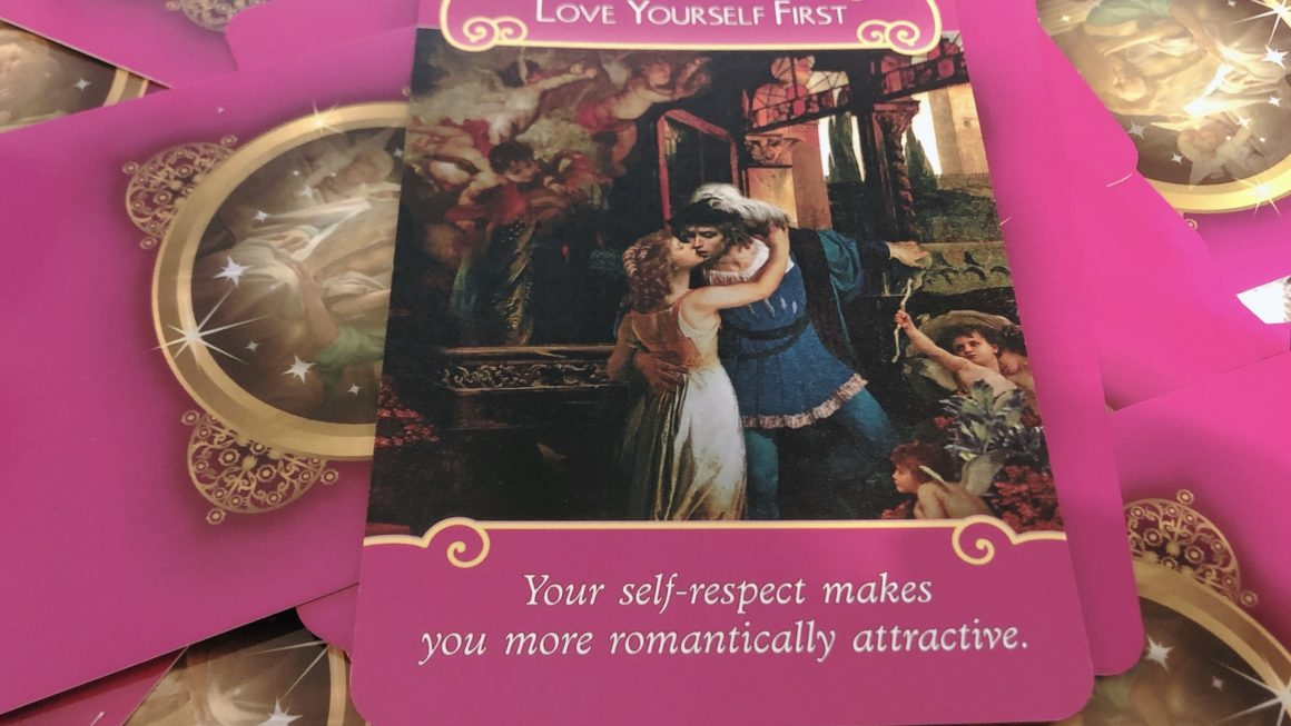 まず自分を愛するLET YOURSELF FIRST<オラクルカードの紹介>